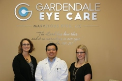 iM_gardendaleeyecare_111416_group